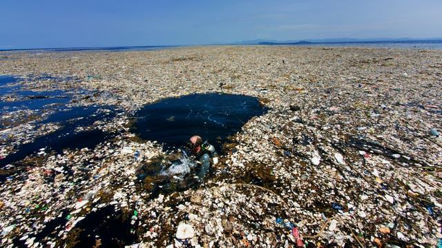 Mar de basura en el caribe