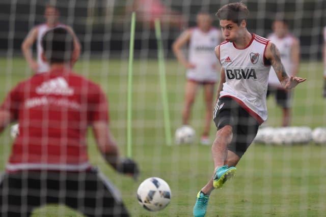 Montiel es defensor central derecho y jugó un solo partido en primera