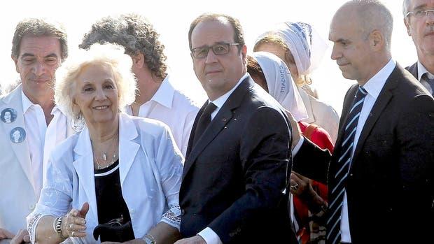Estela de Carlotto recorrió junto a Hollande el Parque de la Memoria