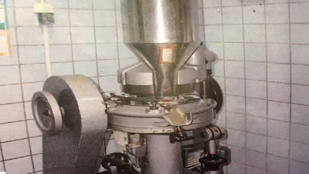 Así era la máquina para hacer pastillas que desapareció del Hospital Posadas