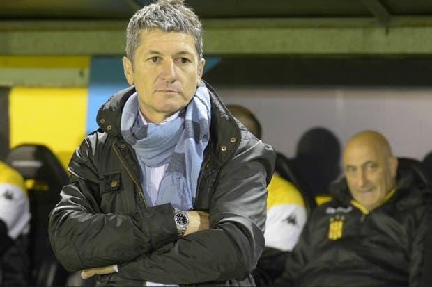 Sciacqua se fue de Olimpo y Méndez de Belgrano — Superliga