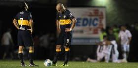 Toda la desazón?de Martínez y Silva tras el segundo gol de All Boys.