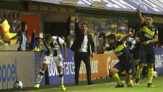 Boca no pudo contra Talleres en la Bombonera