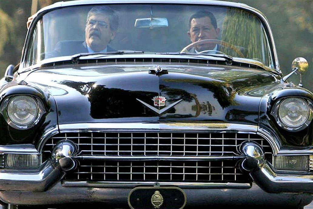 Presentan el Cadillac que compró Perón y nunca uso