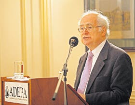 "Jaim Etcheverry: ""El logro académico se pierde por desinterés"""