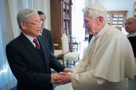 El Pontífice saluda en el Vaticano a Nguyen Phu Trong, secretario general del Comité Central del Partido Comunista de Vietnam