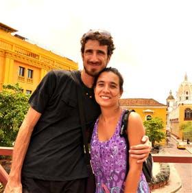 Acróbata del camino. Juan Villarino y Laura Lazzarino cronican sus viajes por el mundo entero
