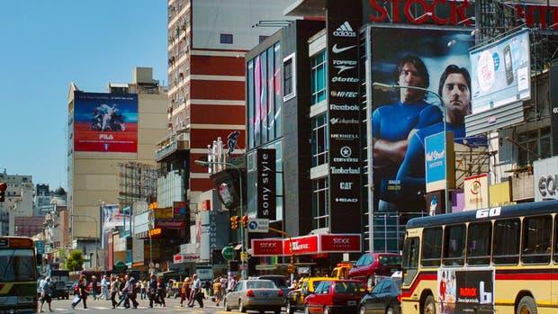 Las avenidas y los centros a cielo abierto convocan a las principales marcas