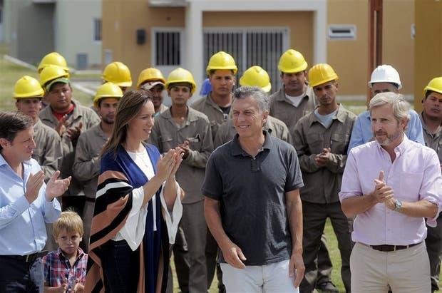 Vidal, Macri y Frigerio compartieron ayer en San Miguel el anuncio del nuevo plan Procrear