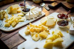 Cómo armar una buena tabla de quesos