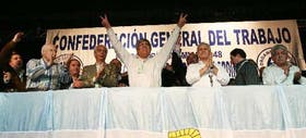 Moyano celebra su reelección junto con el nuevo consejo directivo