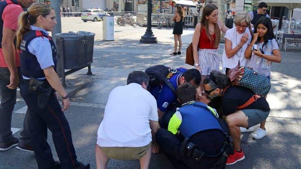 """Atentado en Barcelona: confirman que el """"cerebro"""" de la célula terrorista tenía orden de expulsión"""