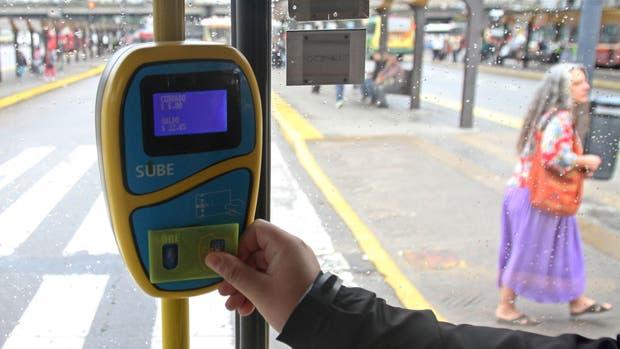 Aumentan el saldo negativo de la SUBE a $20 — Tarifazo al transporte