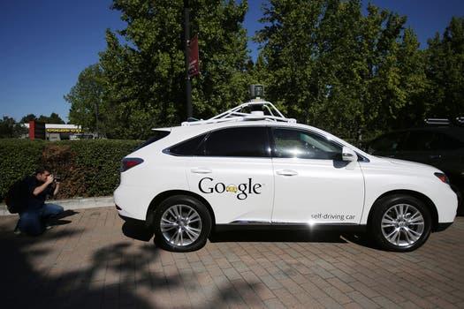 Una vista del vehículo autónomo de Google. Foto: Reuters