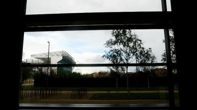 Conoc el emirates arena el estadio vecino del celtic for Ventanas hacia el vecino argentina