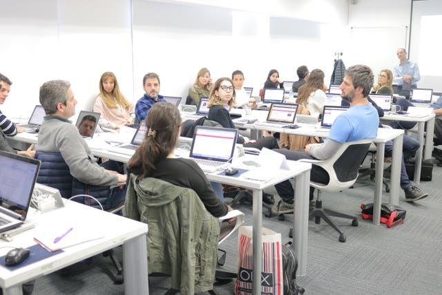 En el Digital Talent Program van los especialistas de RR.HH a adquirir las habilidades para incorporar herramientas digitales a sus estrategias tradicionales de comunicación