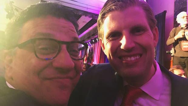 Yaryura junto a Eric Trump en el búnker republicano