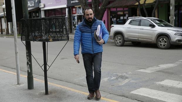 El juez Otranto recibió una carpeta de manos de Gerardo Milman
