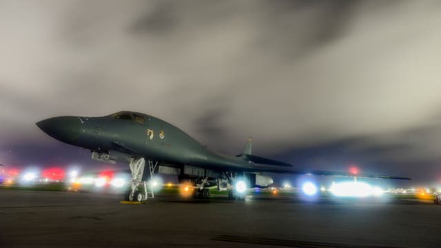 Un bombardero de B-1B Lancer en la base de Anderson, Guam