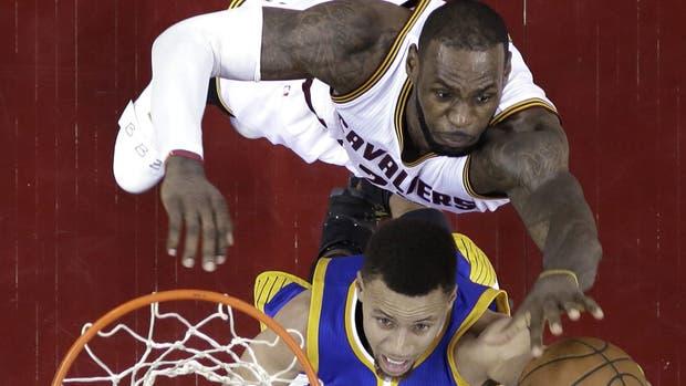 Cavaliers y Warriors reanudan la serie final de la NBA
