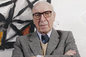 A los 86 años, Clorindo Testa pinta, diseña y reflexiona sobre la arquitectura y las ciudades
