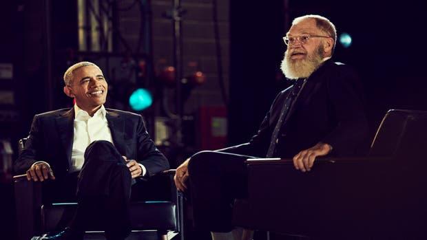 Barack Obama y David Letterman comparten una charla en el primer episodio de No necesitan presentación