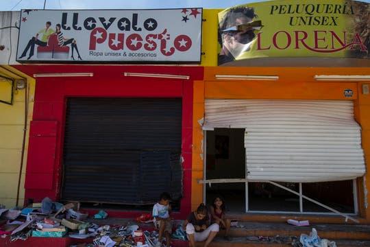Cientos de comercios fueron destrozados. Foto: LA NACION / Aníbal Greco