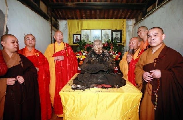 En 2002, los monjes exhumaron el cuerpo de Lama Dashi-Dorzho Itigilov