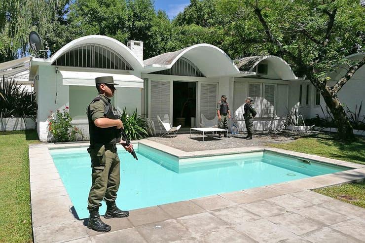 Desbaratan una banda narco tras operativos en el Olivos Golf Club
