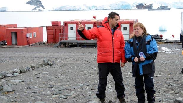 Es la primera visita de un canciller argentino al territorio nacional antártico