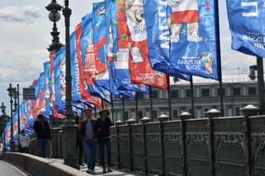 Las banderas del Mundial, en San Petersburgo