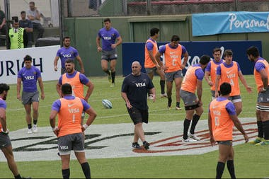 Mario Ledesma, durante el captains run en el estadio Padre Matearena, en Salta