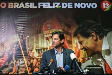 Haddad dio ayer una conferencia de prensa en San Pablo