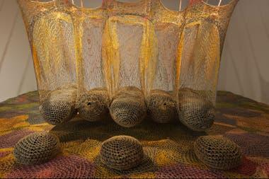 La muestra de Neto abarca desde sus primeras obras de los años 80 hasta los proyectos que impulsa con la comunidades indígenas del Amazonas