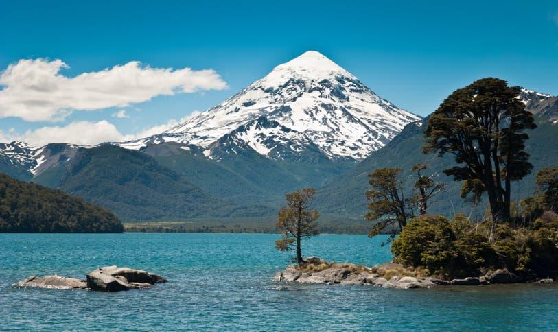 Volcán Lanín – Parque Nacional Lanín. Neuquén