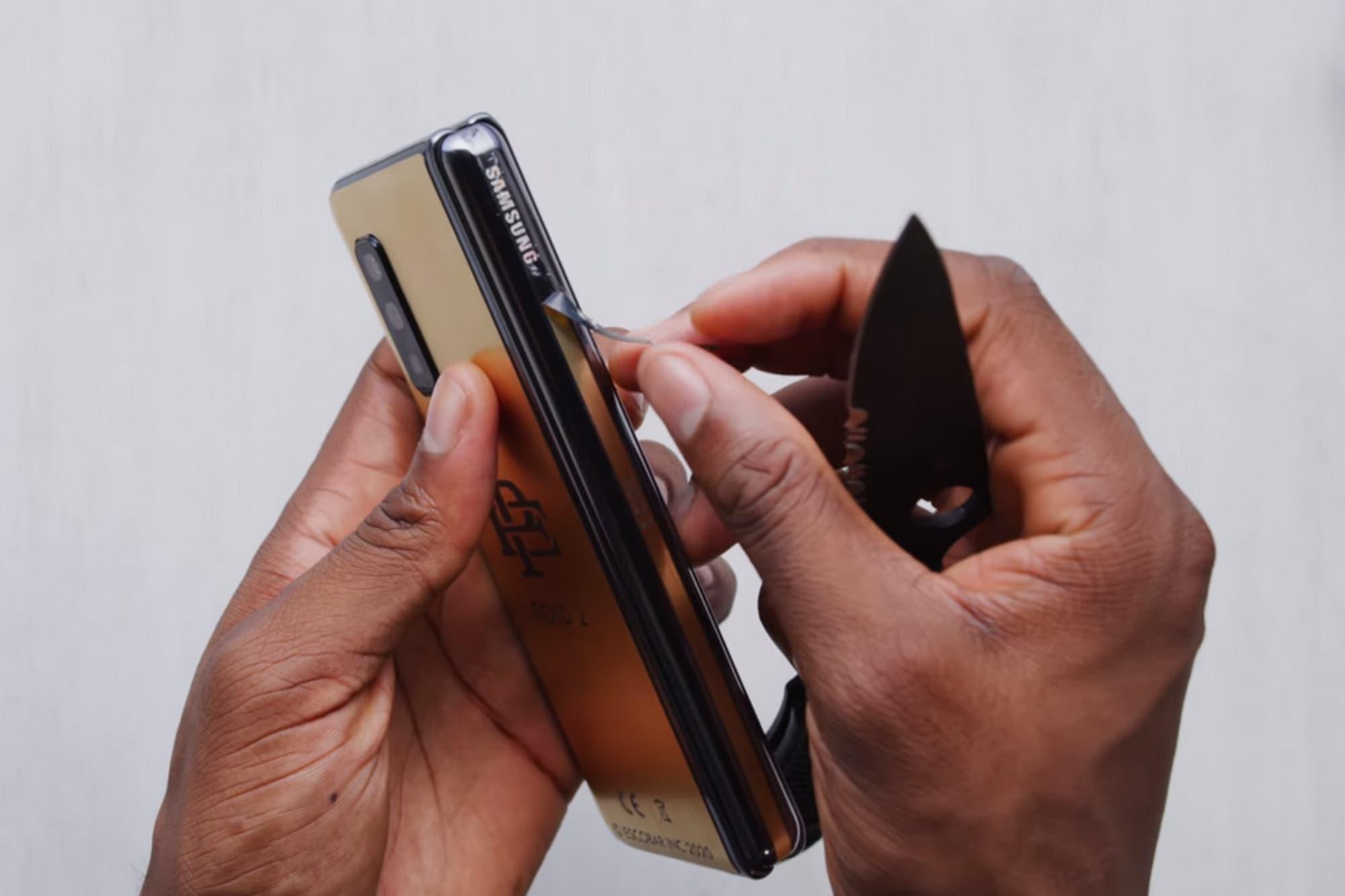 Escobar Fold 2: el smartphone plegable del hermano del narcotraficante Pablo Escobar era un Galaxy Fold