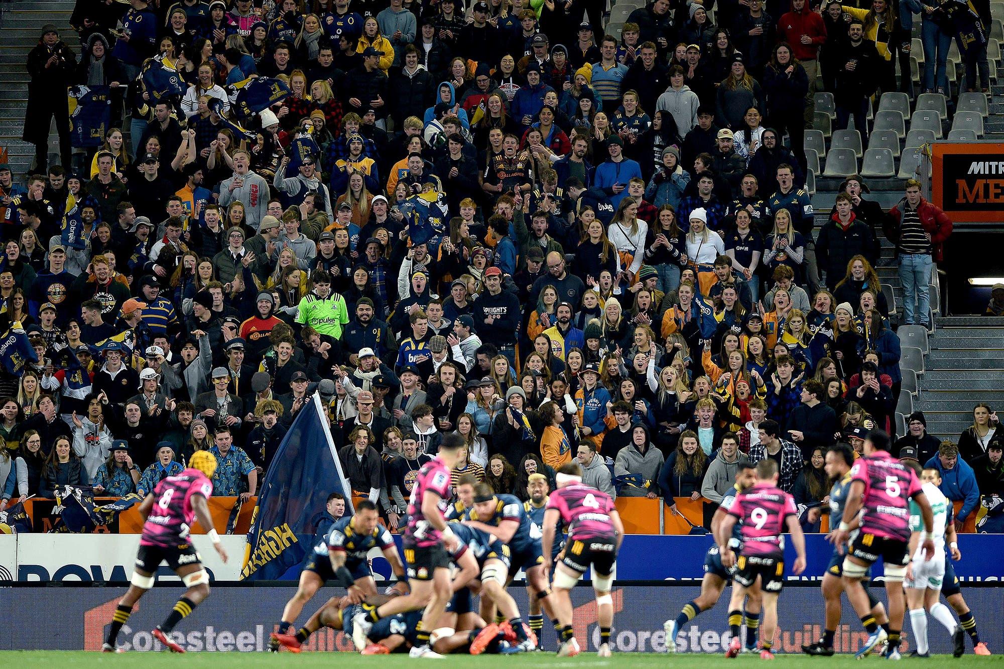 Coronavirus: un partido del Super Rugby en Nueva Zelanda batió un récord de público