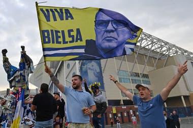 Marcelo Bielsa, en boca de todos: así reaccionó el mundo del ...