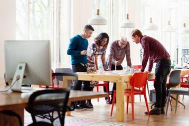 A los perfeccionistas hay que alentarlos a invertir menos en el trabajo y más en su bienestar.