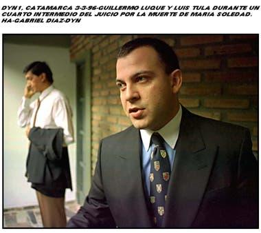 Guillermo Luque y Luis Tula, los dos acusados del asesinato, en una pausa del primer juicio. Crédito: DYN