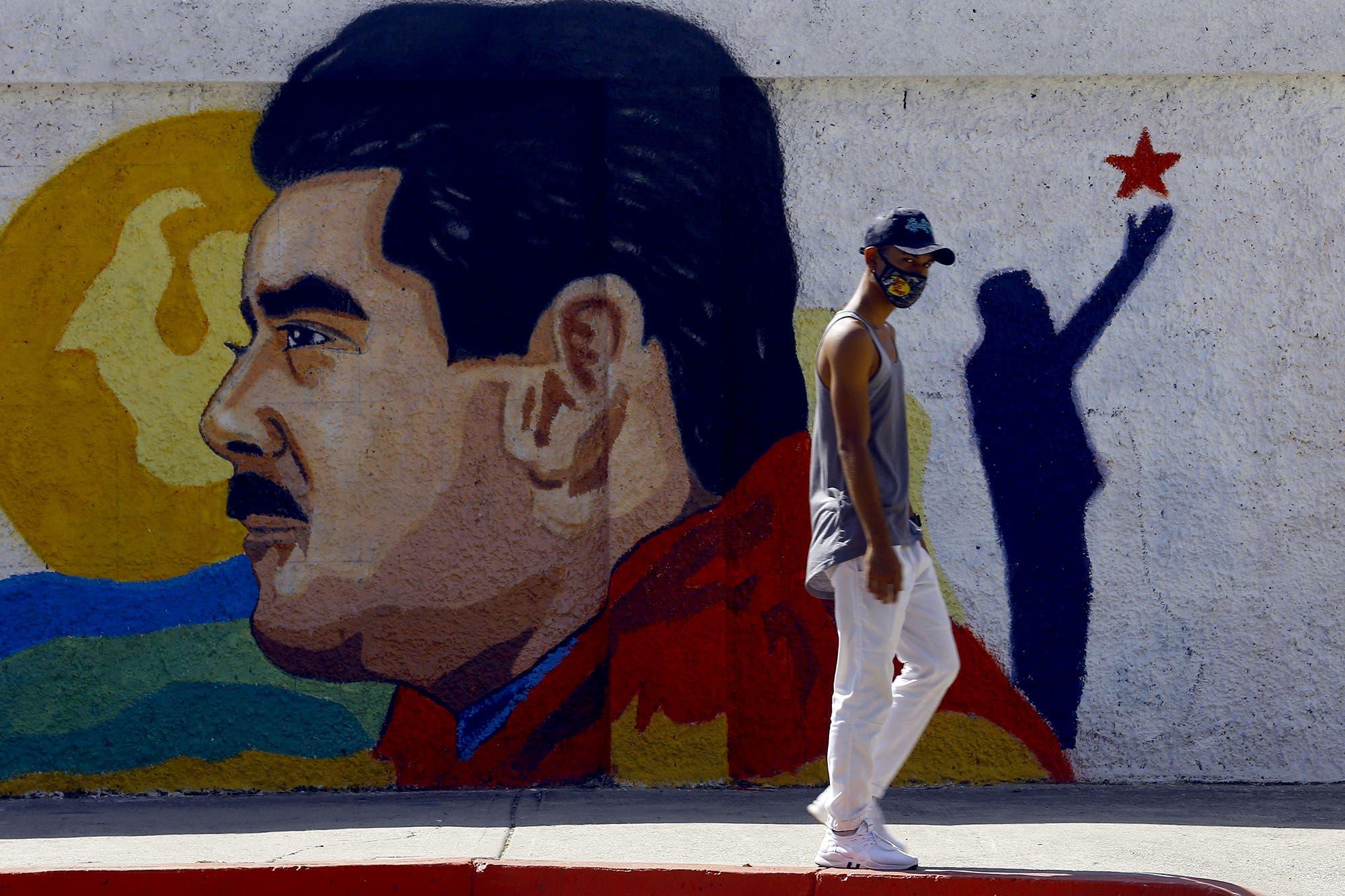Amenazas de despidos y hambre: el chavismo endurece la extorsión social para movilizar votantes