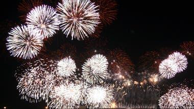 10 Frases De Año Nuevo Para Festejar La Llegada De 2017 La