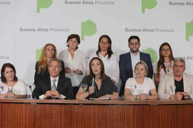 María Eugenia Vidal ddio una conferencia junto a familiares de víctimas de la violencia