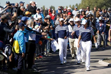 La pasión alrededor de Tiger Woods en Le Golf National de París