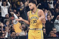 NBA. Stephen Curry, un asesino suelto en Oakland: 51 puntos en 32 minutos y 11 triples