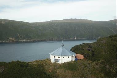El faro reconstruido en la isla de los Estados como homenaje a Julio Verne