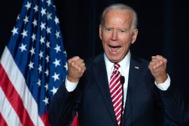 El dirigente de 76 años confirmó que competirá en la interna demócrata, en la que corre con ventaja