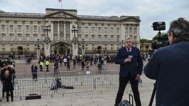 La familia real enfrenta un constante escrutinio de la prensa