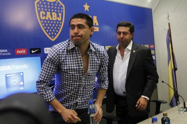 Riquelme, actual vicepresidente, y Angelici