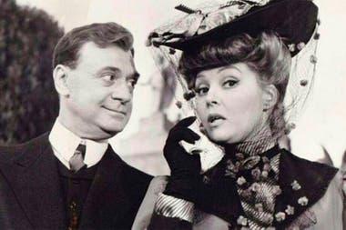 Junto a Nelly Panizza, en una imagen de la película Placeres conyugales (1964)
